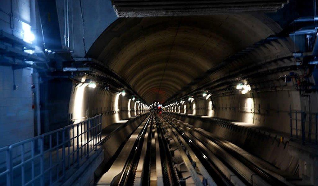 Driverless Construction Technology in Dubai Metro The Dubai Metro_Apaha Trainers and Consultants Pvt. Ltd. b
